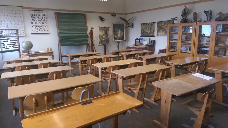 Badisches Schulmuseum Karlsruhe e.V. - 50er Jahre Klassenzimmer
